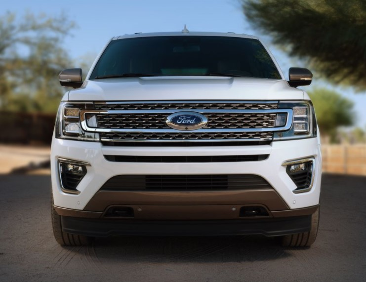 2021 Ford Expedition Front View