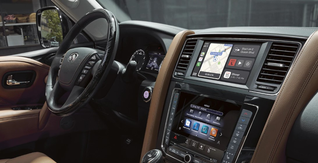2021 Infiniti QX80 dashboard and features