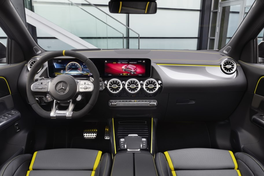 2021 Mercedes AMG GLA Dashboard and Infotainment Features