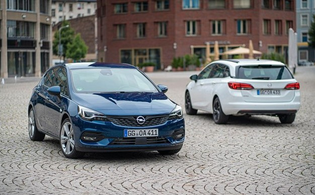 2021 Opel Astra with new exterior layout