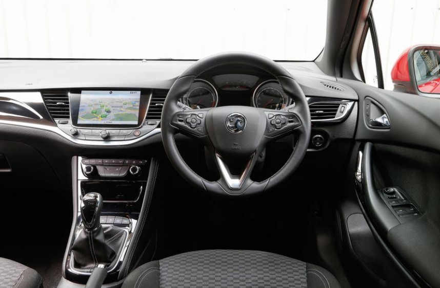 2021 Opel Astra with new interior layout