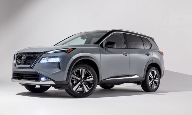 2021 Nissan Rogue with new exterior layout