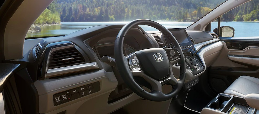 2021 Honda Odyssey Type R Navigation and Features